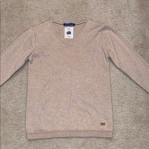 Zara boys long sleeve v-neck pullover sweater